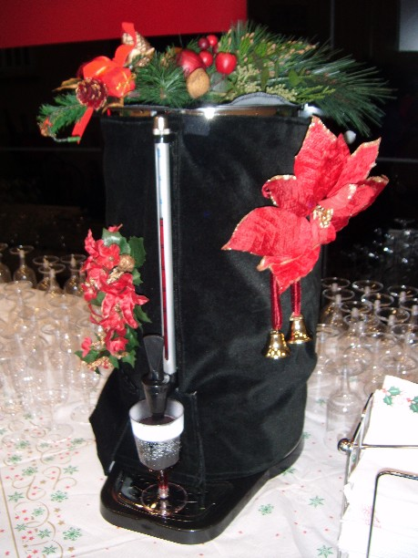 hire an urn for mulled wine
